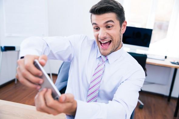 6 bí kíp giúp bạn cày game mobile thoải mãi song vẫn trẻ khỏe 1